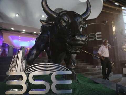 Buzzing stocks: RCom, YES Bank, IOC, Motherson Sumi, Indiabulls Housing Finance