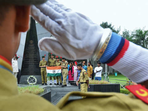 President, PM remember soldiers killed in 1971 war