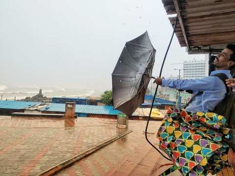 One killed as cyclone Phethai barrels through coastal AP