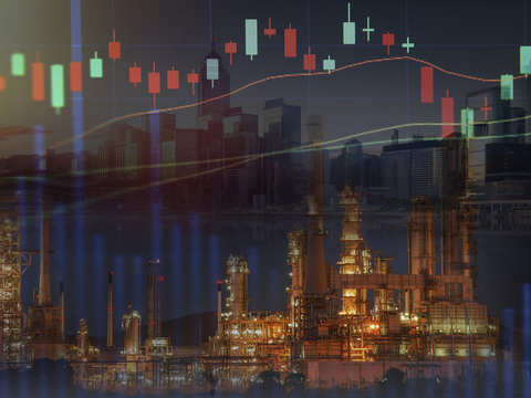 Oil drops 4% on oversupply, equities sell-off