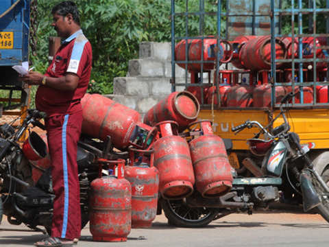 Government releases 6-croreth LPG connections under PMUY