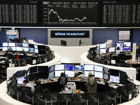 Trade deal optimism lifts European shares further as auto, tech rally