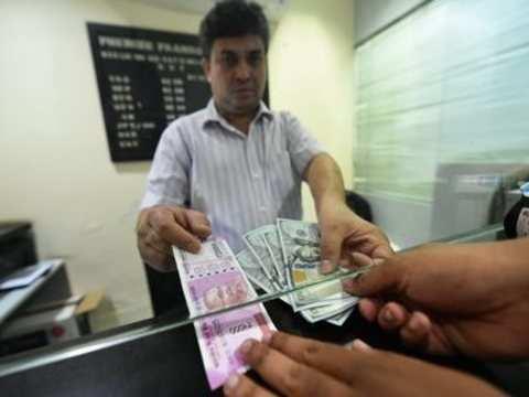 Rupee steady, starts at 70.50 vs dollar