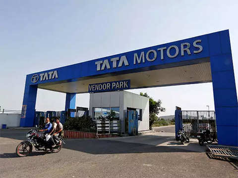 Nissan, Tata Motors expect near-flat industry growth in FY19