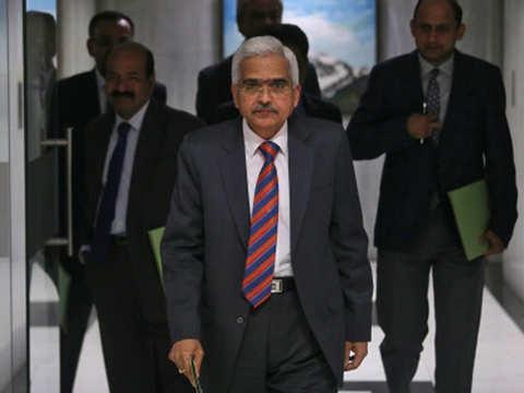 View: RBI governor Shaktikanta Das caught a lucky break