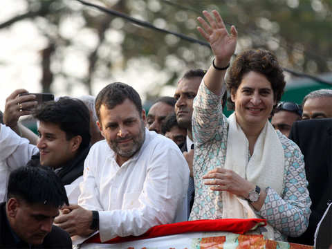 Priyanka Gandhi gets over 1-lakh Twitter followers within hours, Tharoor says 'social media superstar' born
