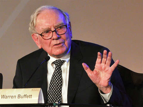 Warren Buffett's Duracell, Energizer in race to charge up Eveready