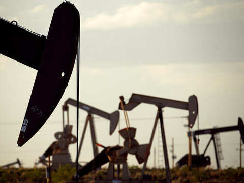 Oil rises on hopes for US-China trade breakthrough