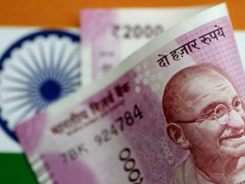 Rupee extends slide, down 7 paise to 71.23 vs dollar
