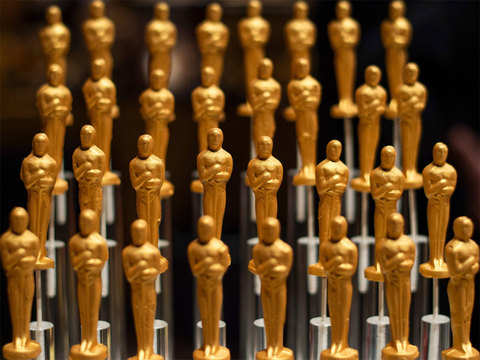 Academy gives in to Hollywood's protest, will air all awards live and unedited at Oscars
