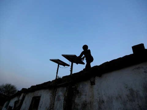 India's solar capacity at 28 GW at Dec-end: Bridge To India report