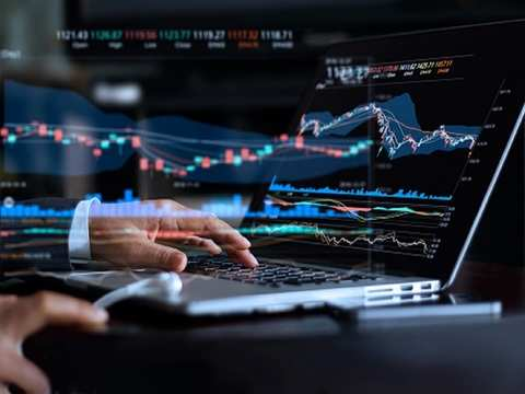 Positive global cues lift Sensex by 404 points