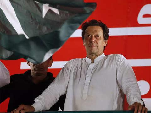 Imran Khan's party tweets in Hindi