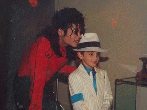 Michael Jackson's fans protest against 'Leaving Neverland', condemn Channel 4