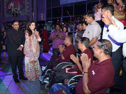 After extravagant wedding, Mukesh, Nita Ambani host musical fountain show for 7K members of armed forces, Mumbai Police