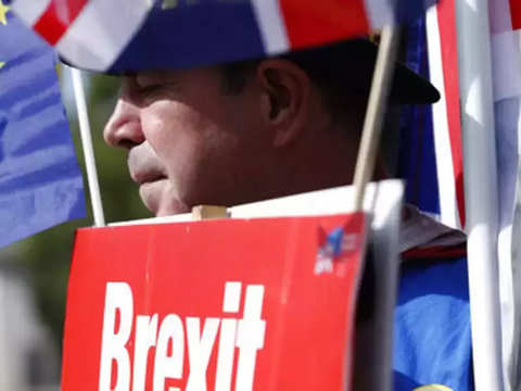 EU leaders urge clarity from Britain before Brexit delay