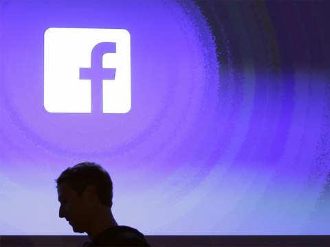 Zuckerberg's 'big project' forces two top deputies to quit Facebook