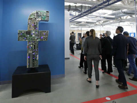 Christchurch attack: Facebook pulls down 1.5 mn videos, gets criticised anyway