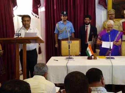 Pramod Sawant sworn in as new Goa chief minister at 2 am