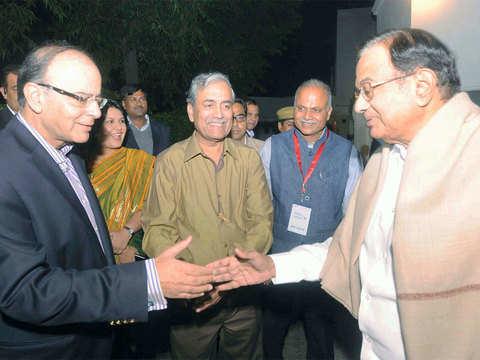 Chidambaram hits back at Arun Jaitley for his 'compulsive contrarian' remark