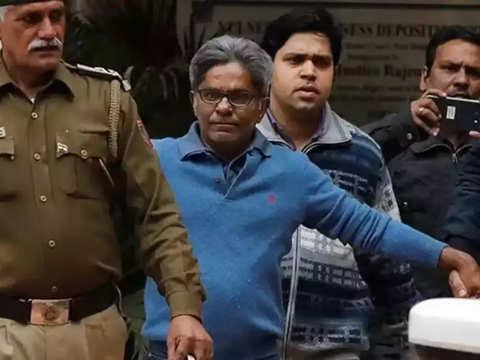 Chopper case: Delhi court allows Rajeev Saxena to turn approver