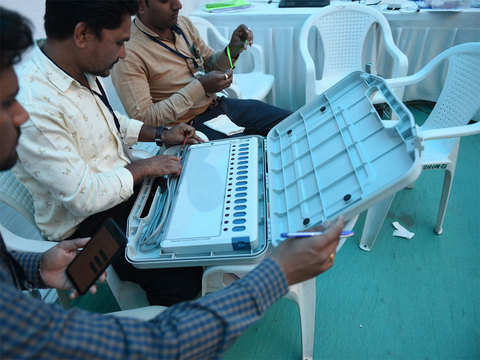 147 candidates in fray for first phase of polling in Maha