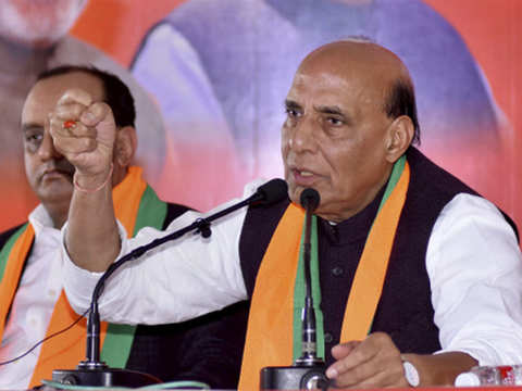 Have to eliminate Naxalism by 2022, will go extra mile to help CM, says Rajnath Singh