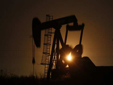 Oil rally stalls as growth worries vex markets