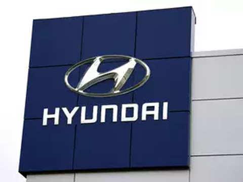 Hyundai hires former Carlos Ghosn ally Munoz as global COO, Americas head