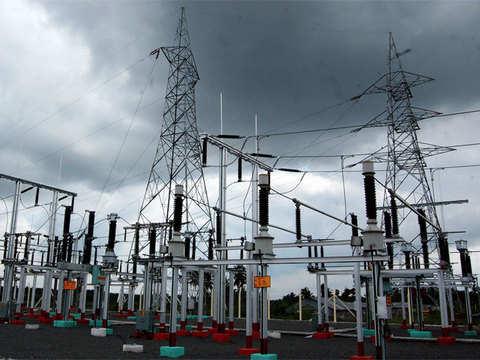 India still not power-surplus nation; peak deficit at 0.8%, energy deficit at 0.6% in 2018-19