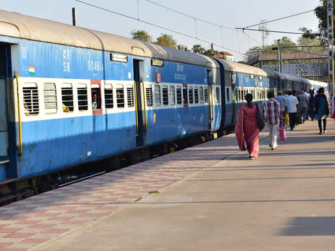1.71 lakh theft cases reported by railway passengers in last 10 years
