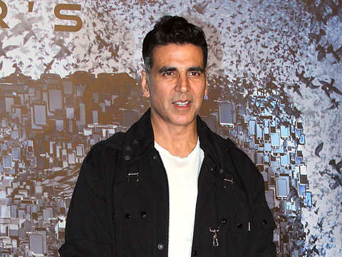 What's with the passport? Akshay Kumar, despite Canadian citizenship, is one of India's highest tax payers