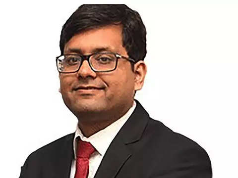 People finding it difficult to find places to park their money: Abhimanyu Sofat, IIFL