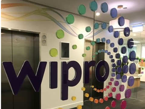 HCL Tech pips Wipro to be number 3 IT firm