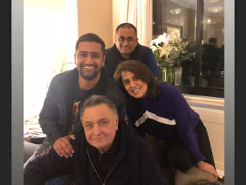 'Nothing can beat his josh': Vicky Kaushal meets Neetu & Rishi Kapoor in the US