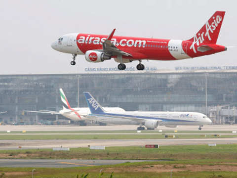 AirAsia aims international flights by October