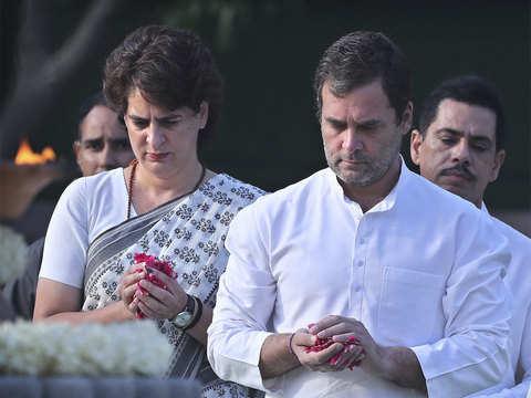 Rahul pays homage to Rajiv Gandhi at Veer Bhoomi