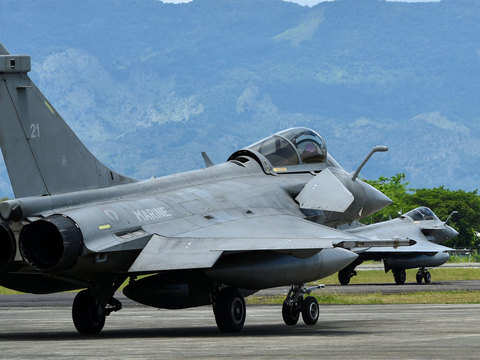 Govt deliberately misled court in Rafale case: Review petitioners to SC