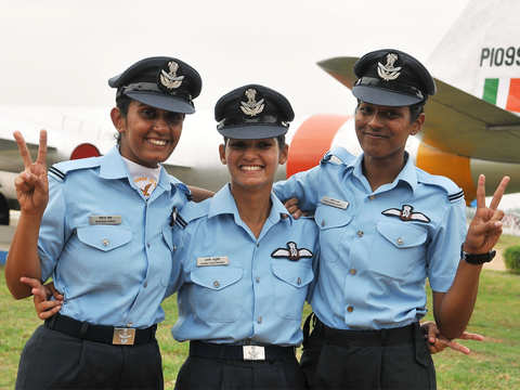 Bhawana Kanth becomes 1st fighter pilot to qualify to undertake combat missions