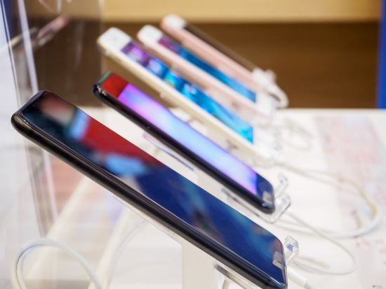 July smartphone imports continue to be high as brands prepare for festive season