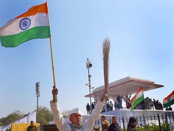 Ramlila Maidan in full swing for Arvind Kejriwal's swearing-in ceremony