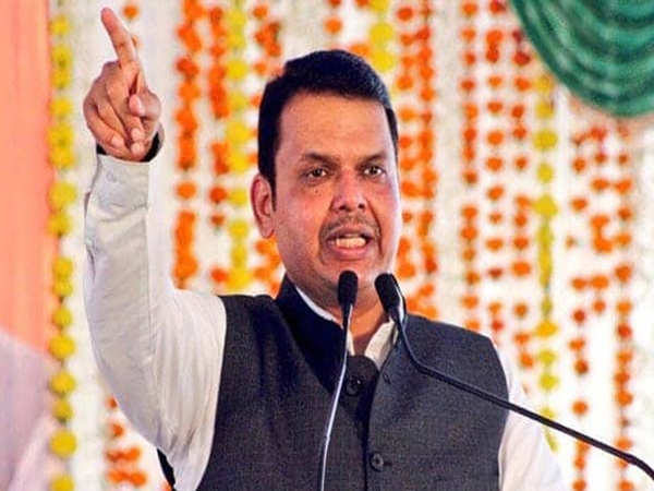 Maharashtra Election Results Updates: Fadnavis calls on Uddhav at Matoshree to celebrate victory