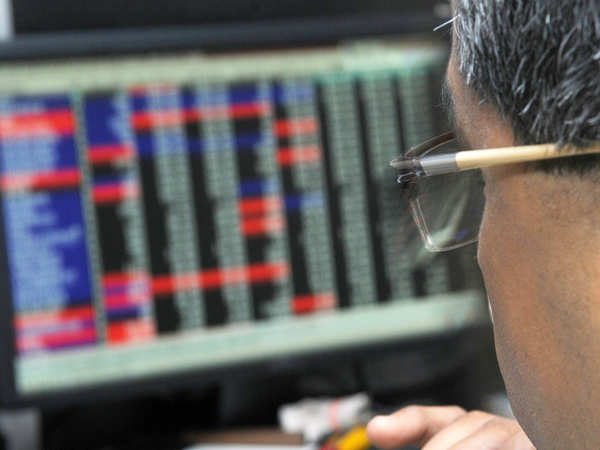 Traders' Diary: Stick to index heavyweights