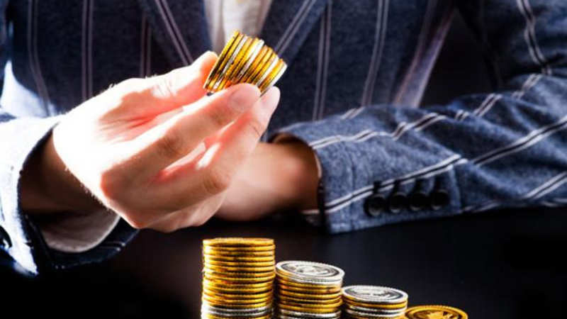 Investing for a monthly income of Rs 1 0-1 5 lakh - The