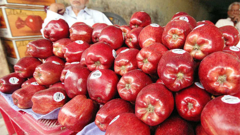 Imported Apple prices crash in domestic market due to huge