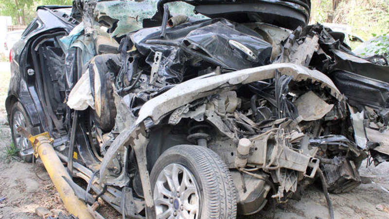 17 dead in an accident near Panvel on Mumbai-Pune Expressway - The