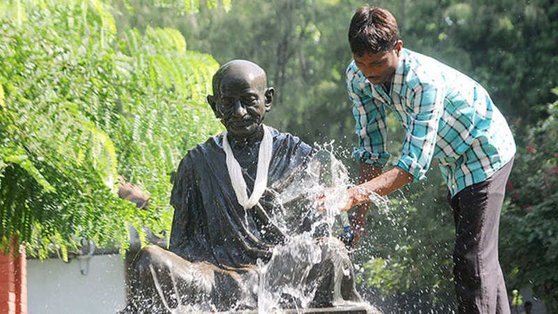 Mohandas K Gandhi's first tryst with Bihar enters 100th year - The