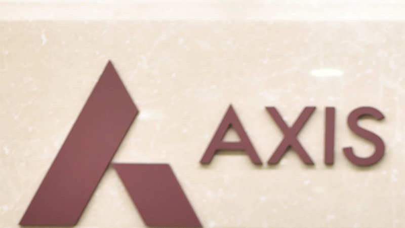 Axis Bank: Axis Bank ties up with Earthport - The Economic Times