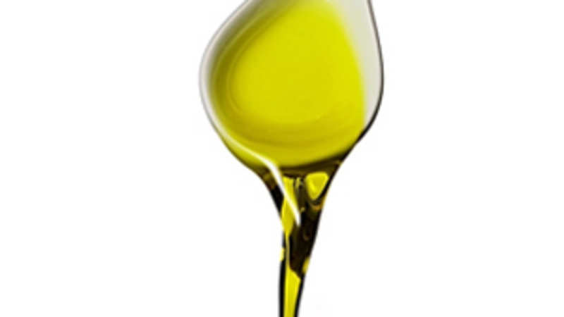 Refined soya oil futures slide 0 50 per cent on low demand