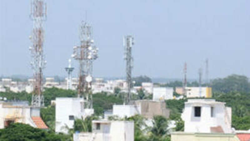 Less than 1% of India's 4 4 lakh telecom towers powered by clean